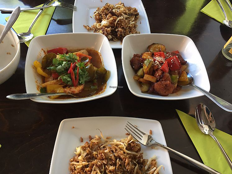 """Photo of Leaf Vegetarian  by <a href=""""/members/profile/LinkaWensveen"""">LinkaWensveen</a> <br/>Tom yom curry and the soyaribs in Beijing sauce <br/> August 18, 2017  - <a href='/contact/abuse/image/38512/294059'>Report</a>"""