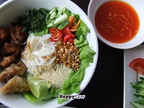 """Photo of Leaf Vegetarian  by <a href=""""/members/profile/v_mdj"""">v_mdj</a> <br/>Vietnamese Bun <br/> July 6, 2013  - <a href='/contact/abuse/image/38512/50846'>Report</a>"""