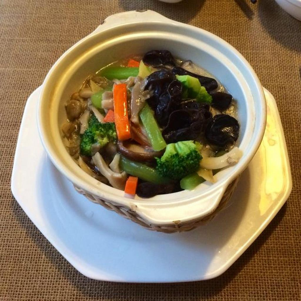 """Photo of CLOSED: Qing Shui Lian Hua - The Lotus on the Water  by <a href=""""/members/profile/Tianci"""">Tianci</a> <br/>a testy veggie dish with dofu <br/> April 28, 2014  - <a href='/contact/abuse/image/38548/68832'>Report</a>"""
