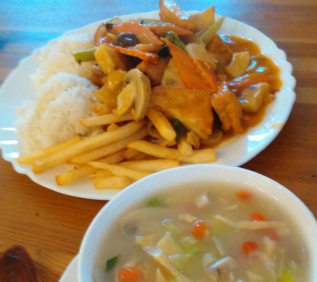"""Photo of Huy Vege  by <a href=""""/members/profile/elbobro"""">elbobro</a> <br/>Soup & curry tofu <br/> April 19, 2015  - <a href='/contact/abuse/image/38563/243586'>Report</a>"""