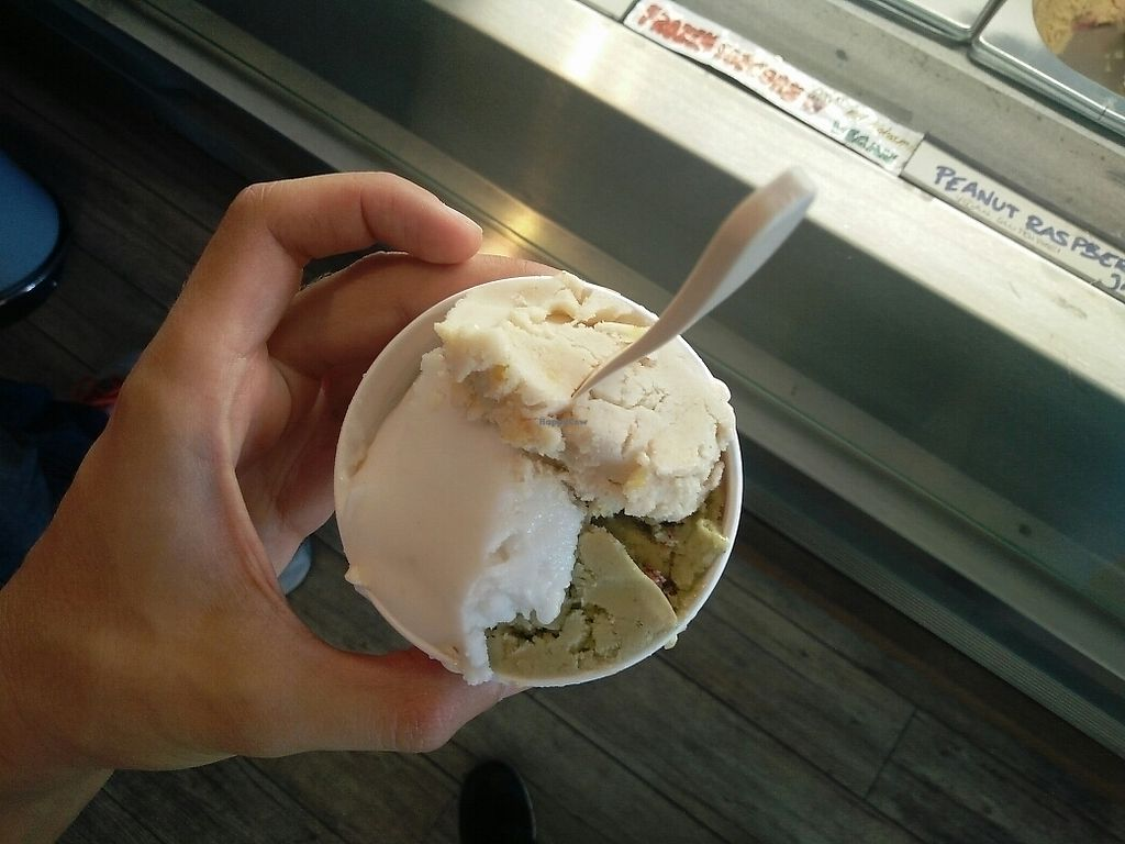 """Photo of Das Eis  by <a href=""""/members/profile/martinicontomate"""">martinicontomate</a> <br/>three bowl icecream <br/> June 17, 2017  - <a href='/contact/abuse/image/38702/270142'>Report</a>"""
