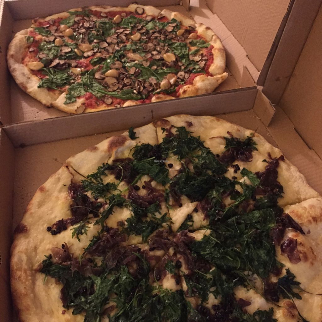 """Photo of Nick's Pizza  by <a href=""""/members/profile/earthbvnny"""">earthbvnny</a> <br/>yummm didn't even miss the vegan cheese <br/> September 21, 2015  - <a href='/contact/abuse/image/38707/118696'>Report</a>"""