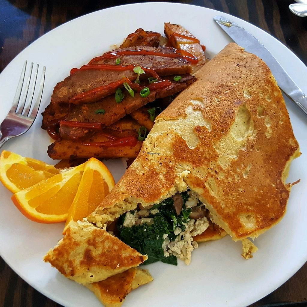 """Photo of Wild Leek  by <a href=""""/members/profile/Brit87"""">Brit87</a> <br/>nomlette with tempeh bacon <br/> January 29, 2018  - <a href='/contact/abuse/image/38899/352174'>Report</a>"""