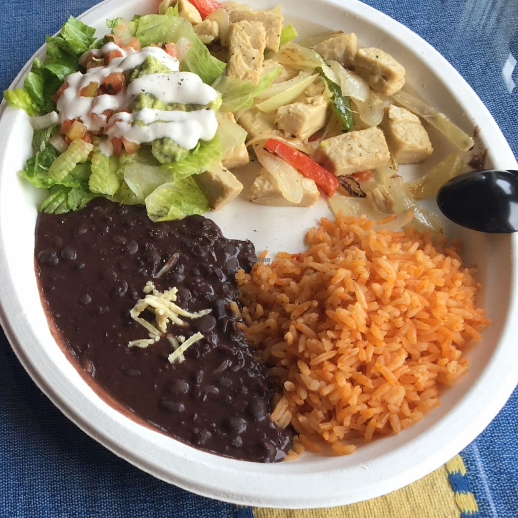 "Photo of El Cantaro Vegan Mexican Restaurant  by <a href=""/members/profile/Lures21"">Lures21</a> <br/>""ckickin"" fajitas with black beans and rice  <br/> November 10, 2016  - <a href='/contact/abuse/image/38958/188206'>Report</a>"