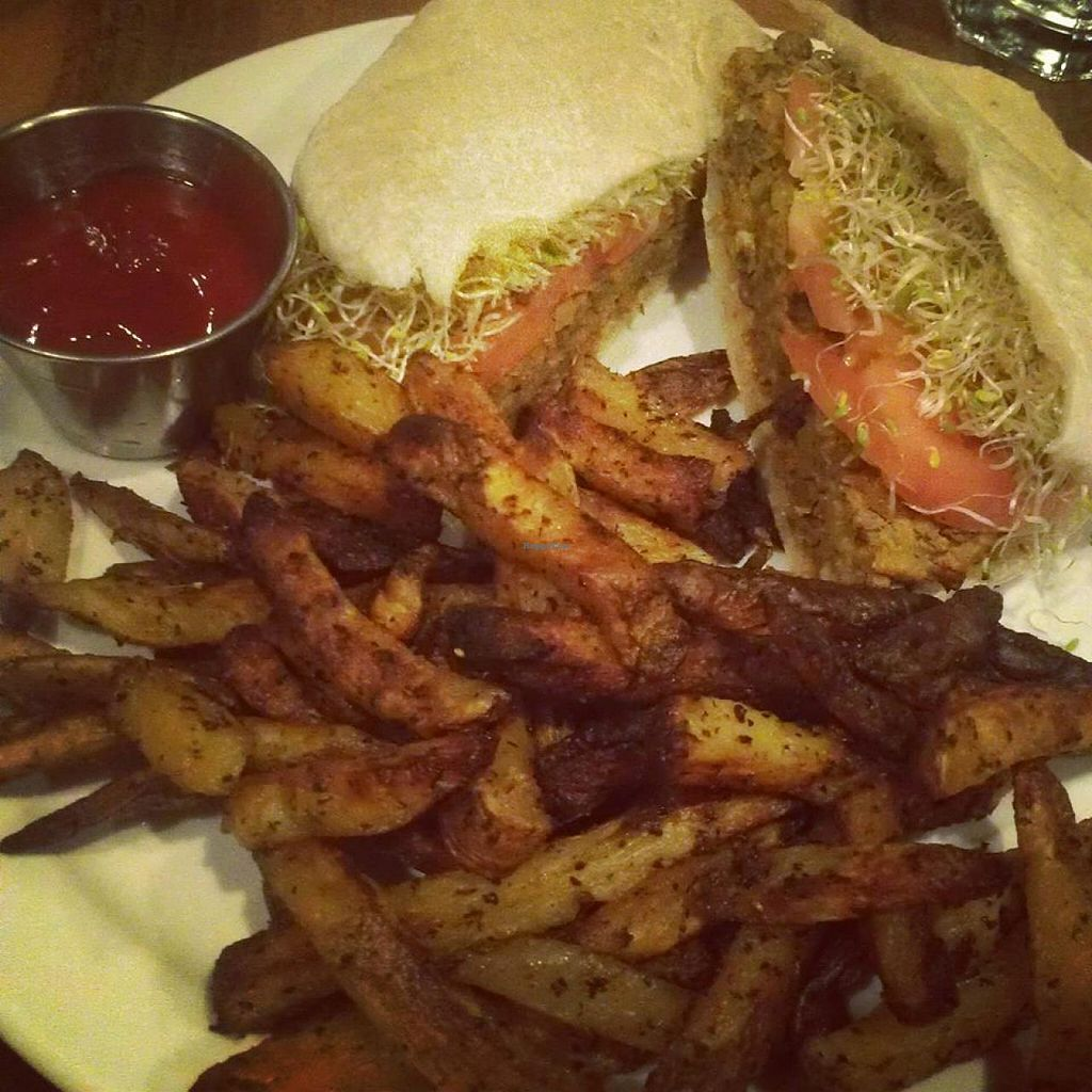 """Photo of The Wooden Monkey - Dartmouth  by <a href=""""/members/profile/QuothTheRaven"""">QuothTheRaven</a> <br/>Lentil burger <br/> July 2, 2014  - <a href='/contact/abuse/image/39095/73096'>Report</a>"""