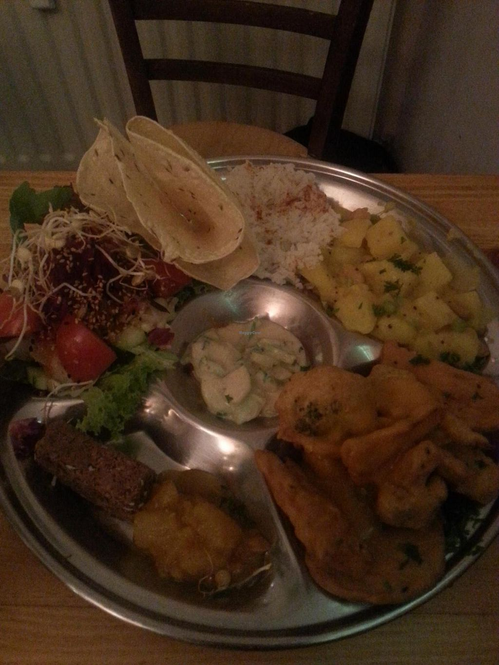 """Photo of Goura Pakora  by <a href=""""/members/profile/coi"""">coi</a> <br/>One of the big plates <br/> August 18, 2014  - <a href='/contact/abuse/image/39145/77358'>Report</a>"""