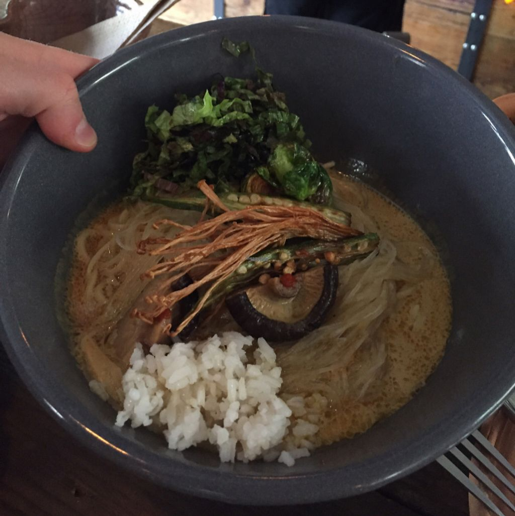 """Photo of Los Loosers  by <a href=""""/members/profile/eatyourveggies"""">eatyourveggies</a> <br/>Ramen <br/> February 22, 2017  - <a href='/contact/abuse/image/39267/229386'>Report</a>"""