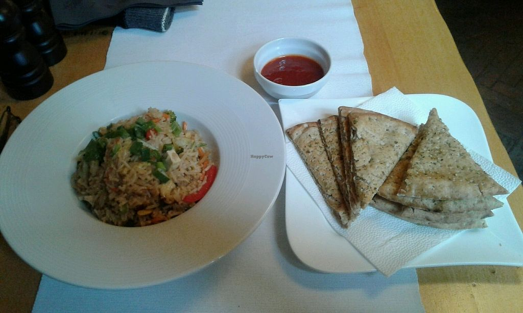 "Photo of Samsara  by <a href=""/members/profile/sagar"">sagar</a> <br/>Tofu veg rice, Focaccia, Hot sauce <br/> November 23, 2017  - <a href='/contact/abuse/image/39272/328447'>Report</a>"