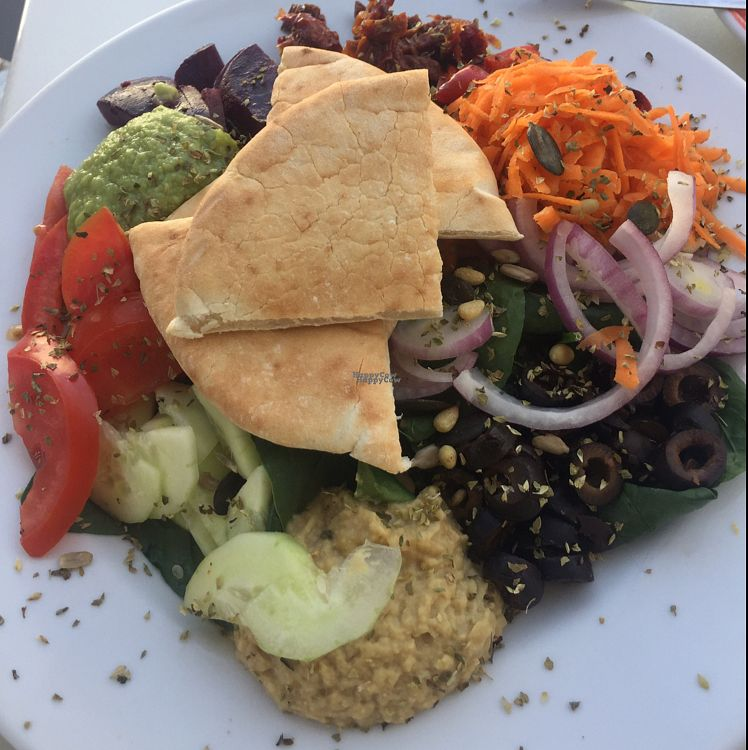 "Photo of Cafe Fresco  by <a href=""/members/profile/The%20London%20Vegan"">The London Vegan</a> <br/>vegan salad <br/> August 26, 2016  - <a href='/contact/abuse/image/39343/171601'>Report</a>"