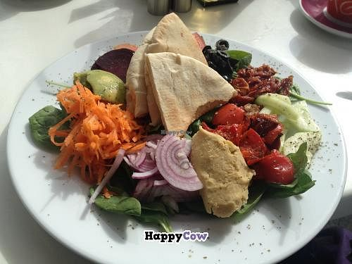 "Photo of Cafe Fresco  by <a href=""/members/profile/igreenery"">igreenery</a> <br/>Fresco's Vegan Salad, complete with guacamole, hummus, sun-dried tomatoes, peppers, red onions, beetroot, tomatoes, carrot, olives, baby spinach and warm pitta bread. Wonderful! <br/> October 20, 2013  - <a href='/contact/abuse/image/39343/56983'>Report</a>"
