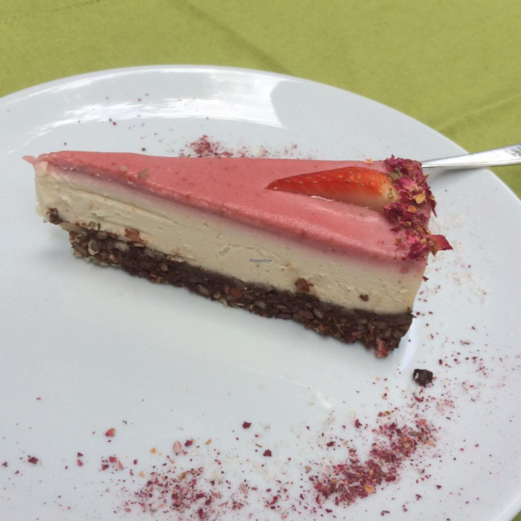 """Photo of Dancing Shiva Superfoods  by <a href=""""/members/profile/RoiYaron"""">RoiYaron</a> <br/>Raw vegan cheese cake <br/> June 2, 2015  - <a href='/contact/abuse/image/39429/104513'>Report</a>"""