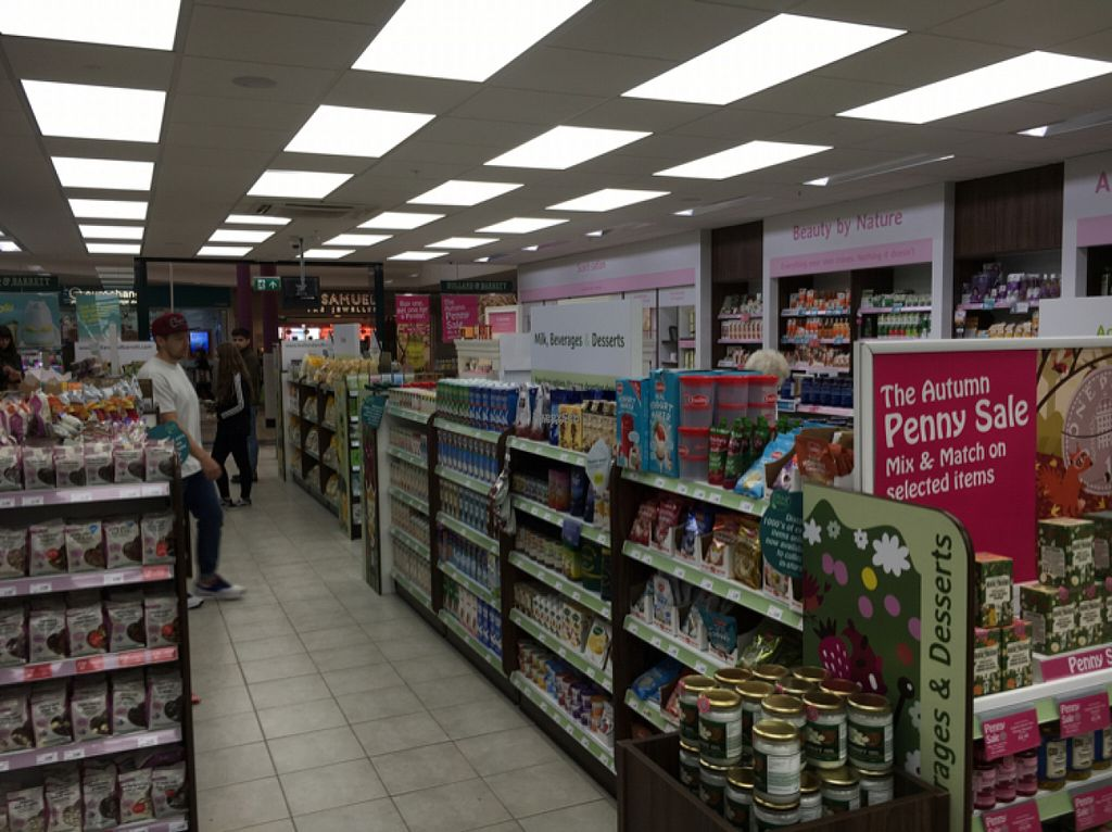 """Photo of Holland and Barrett - The Bridges  by <a href=""""/members/profile/hack_man"""">hack_man</a> <br/>inside  <br/> October 29, 2016  - <a href='/contact/abuse/image/39486/185216'>Report</a>"""