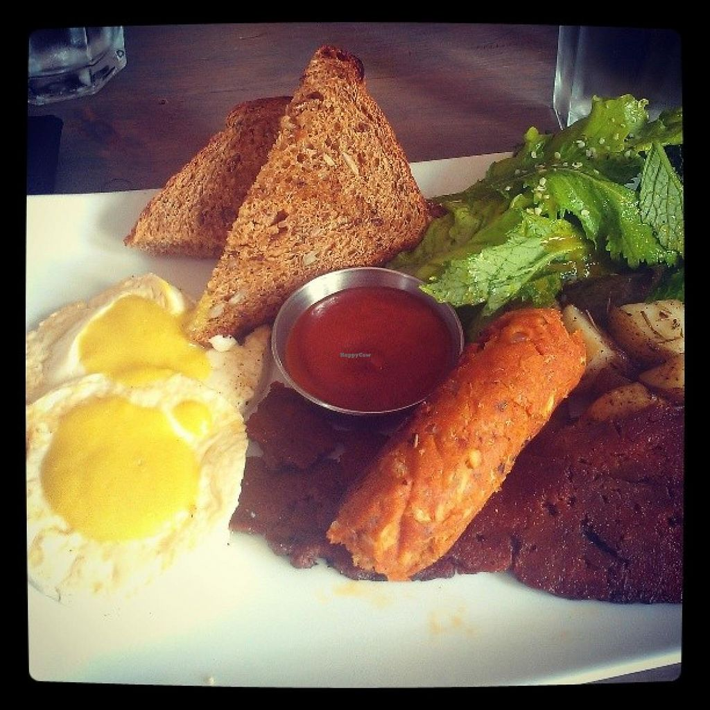 "Photo of enVie A Vegan Kitchen  by <a href=""/members/profile/QuothTheRaven"">QuothTheRaven</a> <br/>Country vegan breakfast <br/> July 19, 2014  - <a href='/contact/abuse/image/39515/74444'>Report</a>"