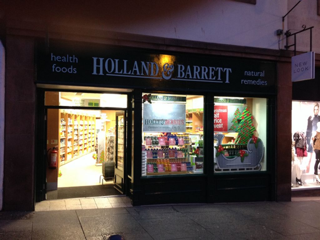 """Photo of Holland and Barrett  by <a href=""""/members/profile/hack_man"""">hack_man</a> <br/>Outside looking in  <br/> November 13, 2015  - <a href='/contact/abuse/image/39545/124870'>Report</a>"""