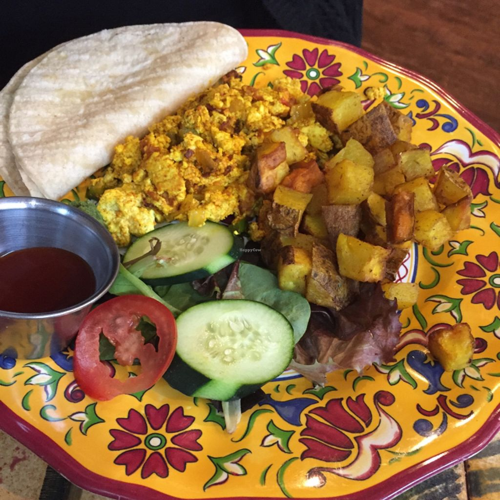 """Photo of CLOSED: Infini-T Cafe and Spice Souk  by <a href=""""/members/profile/Ellenkm"""">Ellenkm</a> <br/>tofu scramble <br/> May 17, 2016  - <a href='/contact/abuse/image/39589/149502'>Report</a>"""
