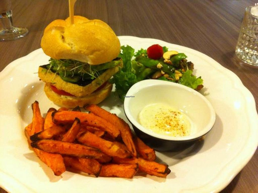 "Photo of Green Vege Cafe  by <a href=""/members/profile/Jrosworld"">Jrosworld</a> <br/>Mushroom, nori and soy patty burger <br/> October 3, 2014  - <a href='/contact/abuse/image/39885/81994'>Report</a>"
