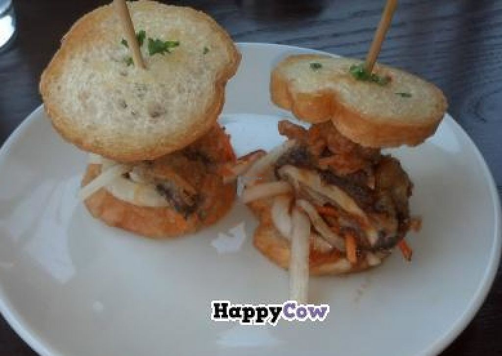 "Photo of Tree House  by <a href=""/members/profile/fondducoeur"">fondducoeur</a> <br/>Shiitake Tempura Sliders <br/> July 31, 2013  - <a href='/contact/abuse/image/39939/207343'>Report</a>"