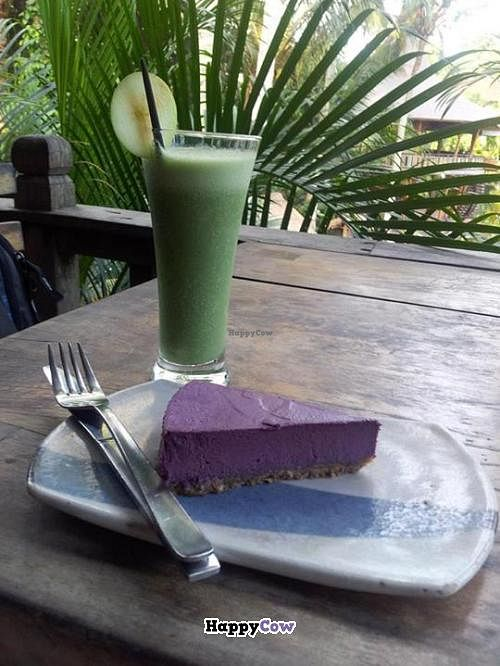 "Photo of The Garden Kafe at The Yoga Barn  by <a href=""/members/profile/Moix"">Moix</a> <br/>Raw vegan cheesecake & green smoothie! <br/> July 21, 2013  - <a href='/contact/abuse/image/39987/51808'>Report</a>"
