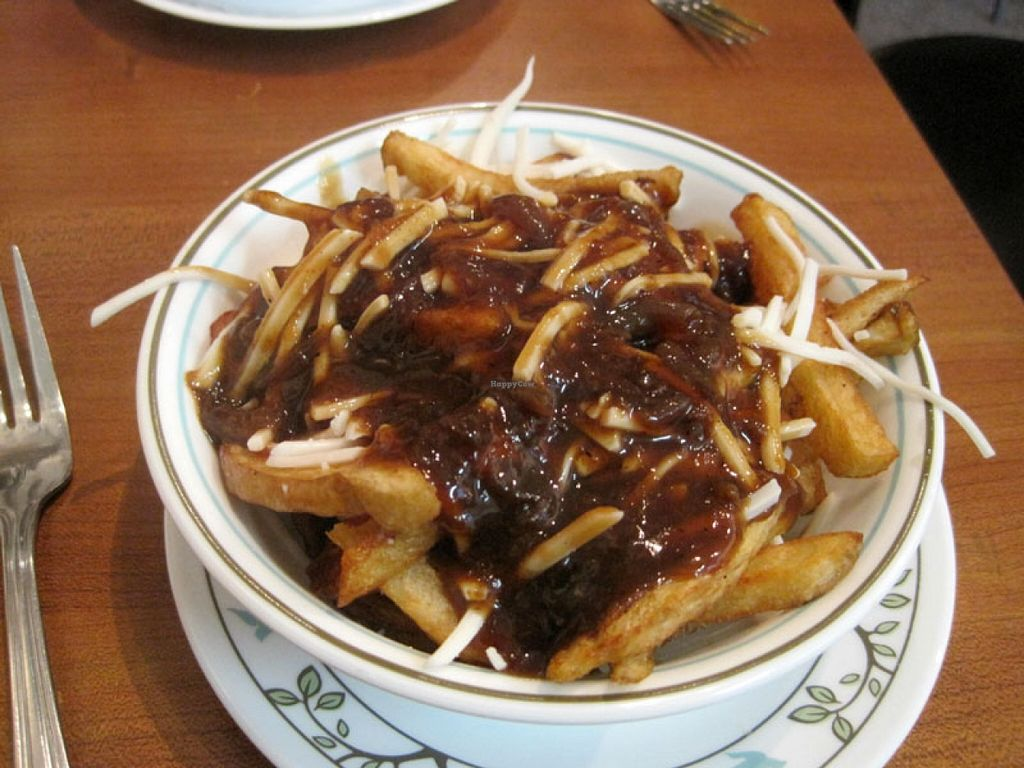 "Photo of Vegan Rapide - Sherbrooke  by <a href=""/members/profile/Babette"">Babette</a> <br/>I really like the poutine served at Végan Rapide. The serving is also not enormous, it's just right if you don't feel like overeating <br/> January 11, 2016  - <a href='/contact/abuse/image/39990/132097'>Report</a>"