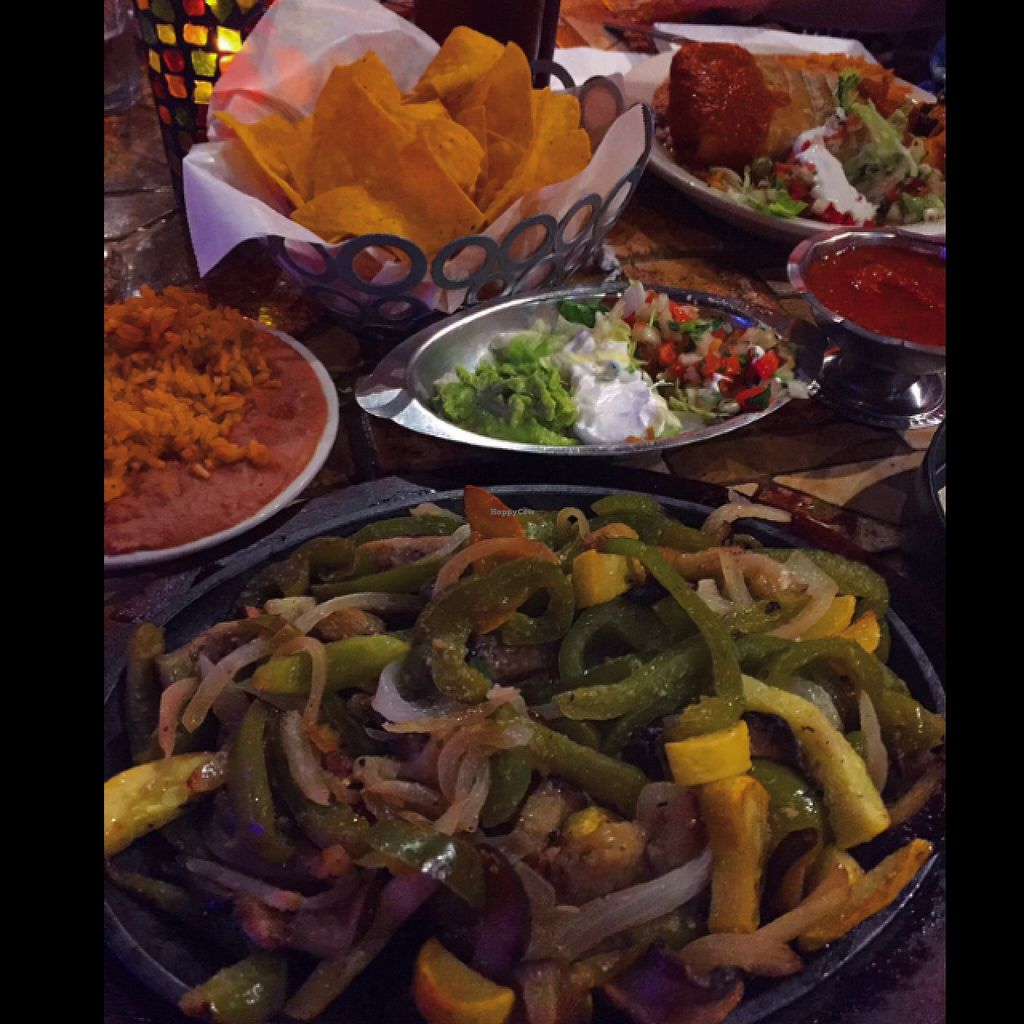 "Photo of Mexico Bravo  by <a href=""/members/profile/Crisveganfit"">Crisveganfit</a> <br/>veggie fajitas with rice, beans, pico de gallo, guac, and vegan sour cream  <br/> November 15, 2015  - <a href='/contact/abuse/image/40098/125094'>Report</a>"