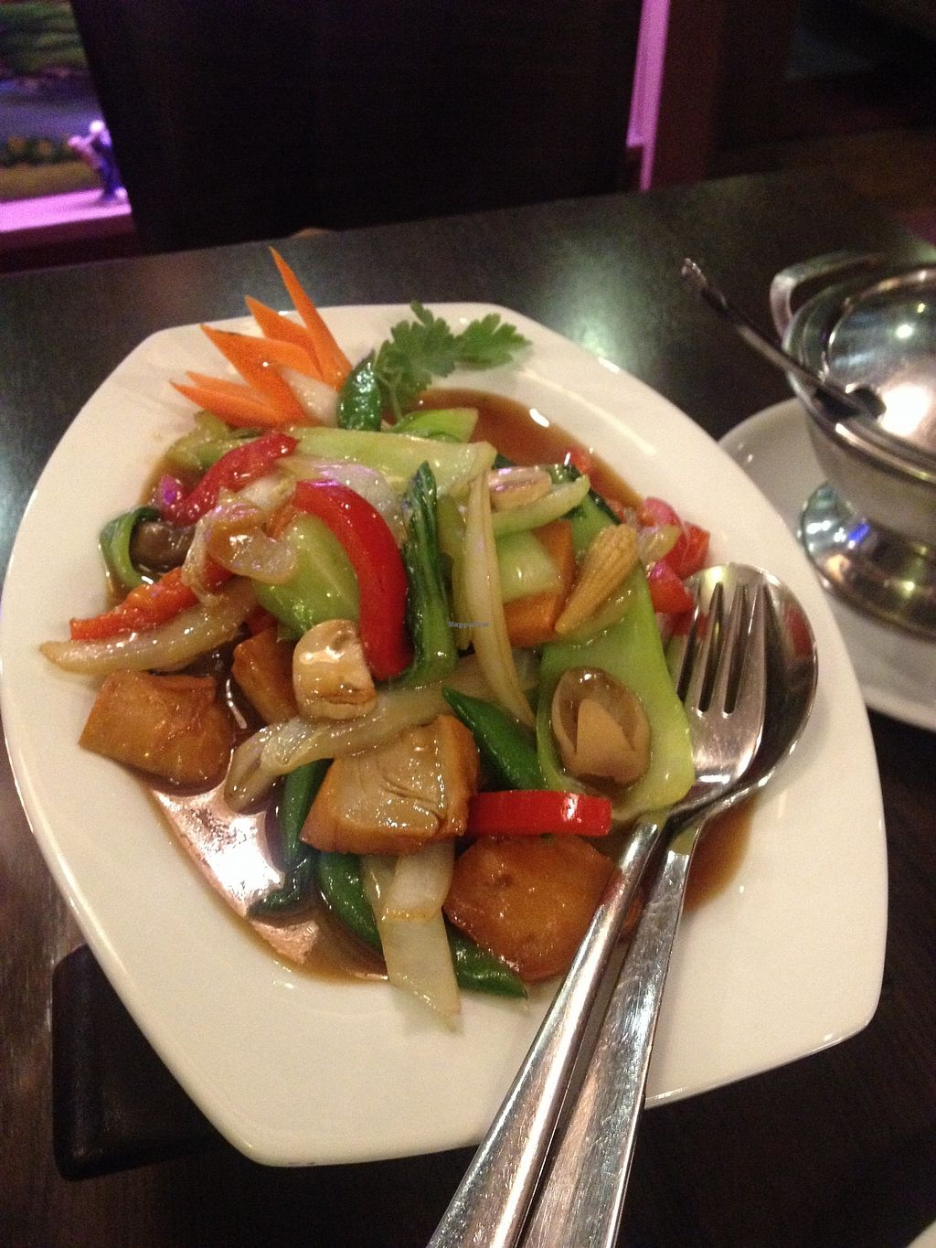 "Photo of Thai Food  by <a href=""/members/profile/o0Carolyn0o"">o0Carolyn0o</a> <br/>Mock meat with straw mushrooms & veggies.  <br/> March 16, 2018  - <a href='/contact/abuse/image/40362/371443'>Report</a>"