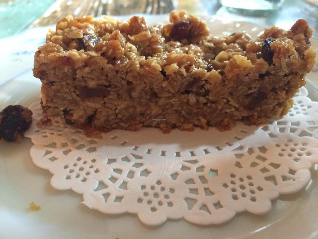 """Photo of Vivo Lounge  by <a href=""""/members/profile/Mealiepip"""">Mealiepip</a> <br/>Vegan Flapjack <br/> May 31, 2015  - <a href='/contact/abuse/image/40412/104296'>Report</a>"""