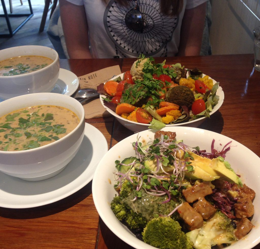 "Photo of SLA - Ceintuurbaan  by <a href=""/members/profile/Yian"">Yian</a> <br/>Vegan Tom Kha soups with Tempeh bowl and Mexican bowl  <br/> June 6, 2017  - <a href='/contact/abuse/image/40460/266342'>Report</a>"