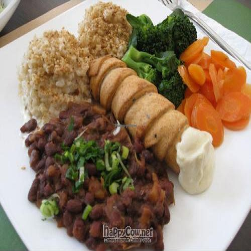 """Photo of Makro Vega  by <a href=""""/members/profile/Aspen"""">Aspen</a> <br/>Healthy and great tasting lunch special - March 2009 <br/> March 23, 2009  - <a href='/contact/abuse/image/4047/1670'>Report</a>"""