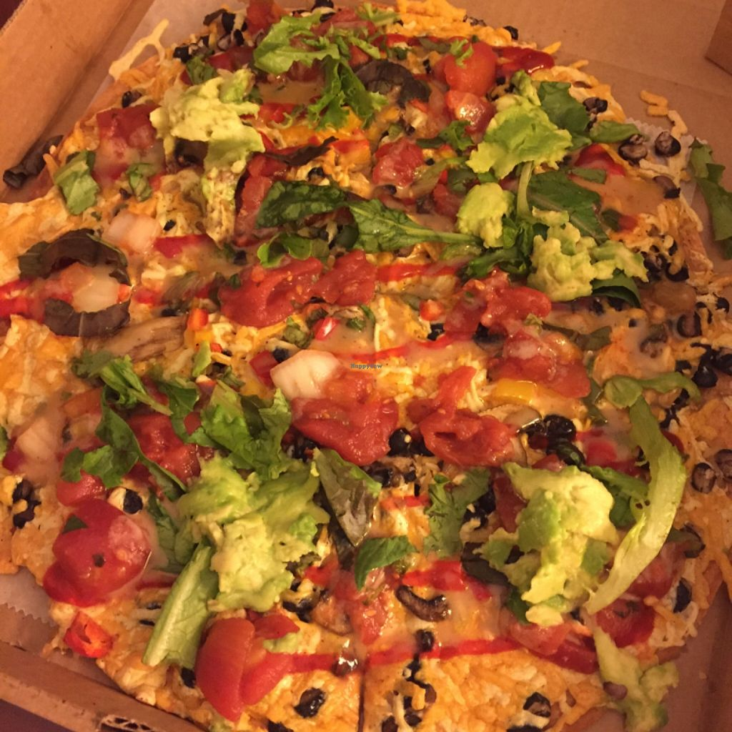 "Photo of Dellz Uptown  by <a href=""/members/profile/Tray-C"">Tray-C</a> <br/>jazzy vegan pizza <br/> November 3, 2015  - <a href='/contact/abuse/image/40532/123652'>Report</a>"
