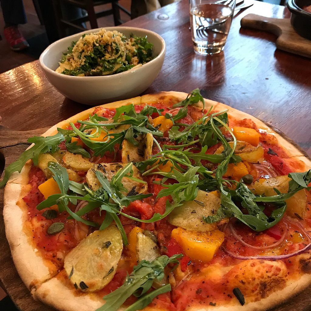 """Photo of Francesca's Italian Kitchen  by <a href=""""/members/profile/TheEverydayVegan"""">TheEverydayVegan</a> <br/>Vegan pizza and kale side salad <br/> November 8, 2017  - <a href='/contact/abuse/image/40558/323186'>Report</a>"""