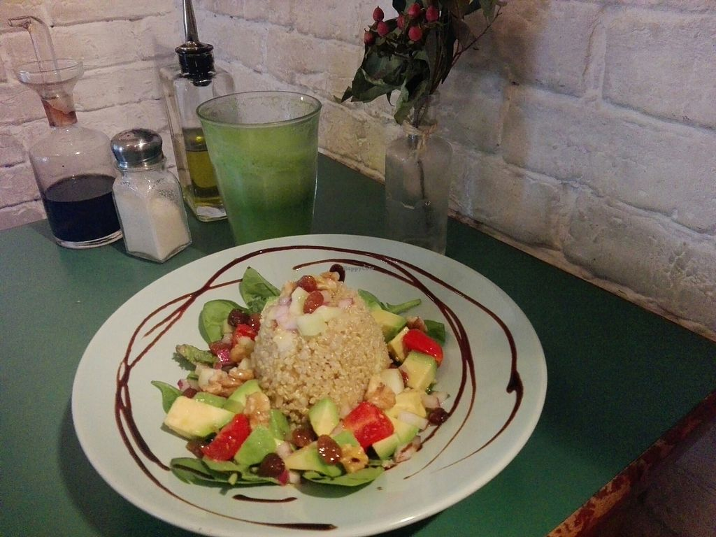 """Photo of Quinoa Bar Vegetaria  by <a href=""""/members/profile/Pteri"""">Pteri</a> <br/>Quinoa salad and veggie smoothie <br/> July 12, 2017  - <a href='/contact/abuse/image/40631/279452'>Report</a>"""