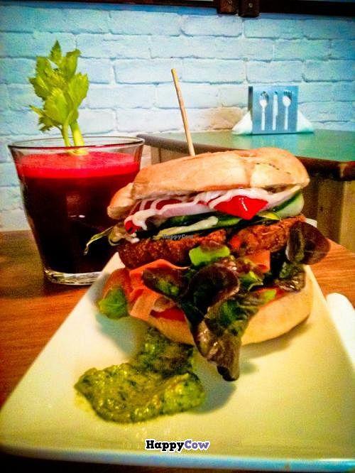 """Photo of Quinoa Bar Vegetaria  by <a href=""""/members/profile/elispiral"""">elispiral</a> <br/>hamburguesa de lentejas,romero y zanahoria con pimiento del piquillo y alioli & zumo de manzana, remolacha y jengibre <br/> August 13, 2013  - <a href='/contact/abuse/image/40631/53200'>Report</a>"""