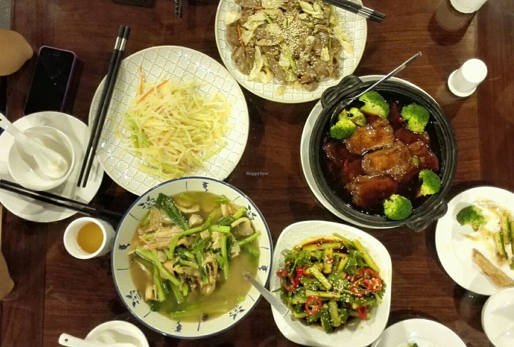 Photo of CLOSED: Liuhe Tea House  by Snowballs <br/>Five dishes were plenty to feed four people <br/> August 17, 2015  - <a href='/contact/abuse/image/40639/114057'>Report</a>