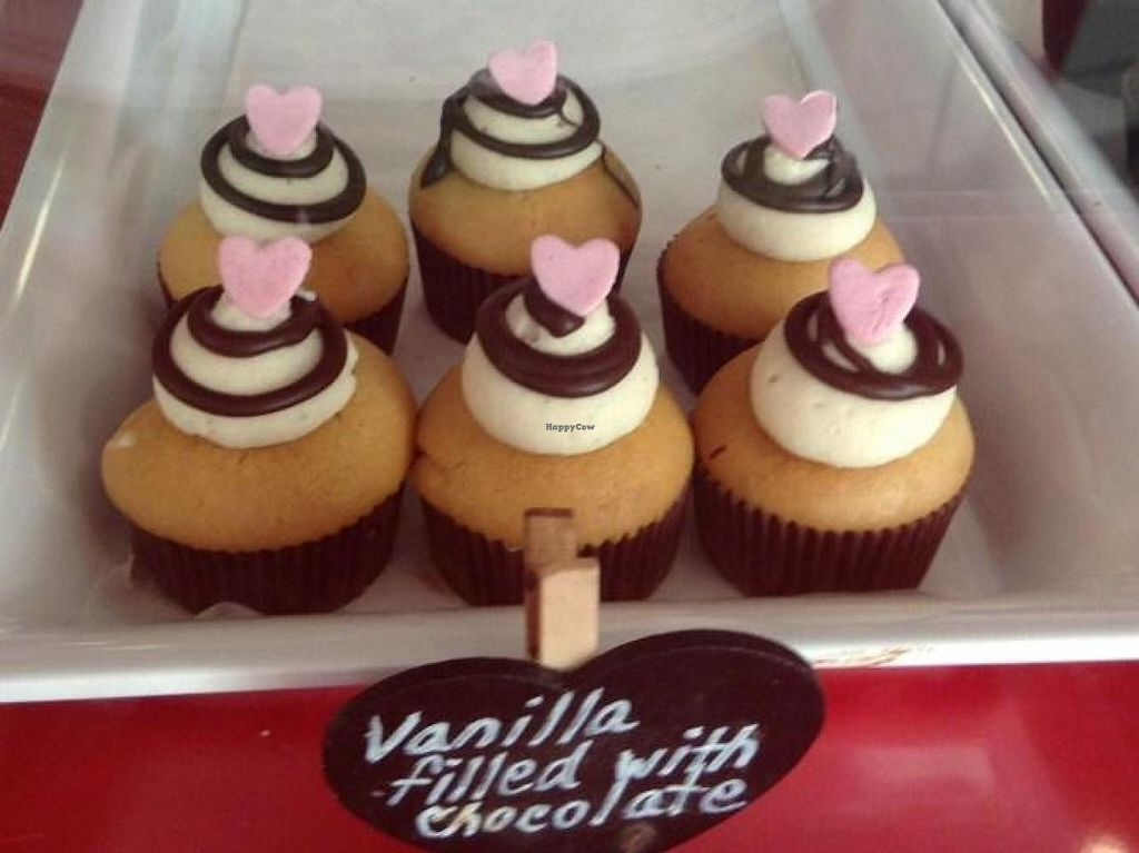 "Photo of Bunnie Cakes  by <a href=""/members/profile/Julie%20R"">Julie R</a> <br/>Yummy treats!  Pretty, vegan AND delicious! <br/> September 27, 2014  - <a href='/contact/abuse/image/40652/81384'>Report</a>"