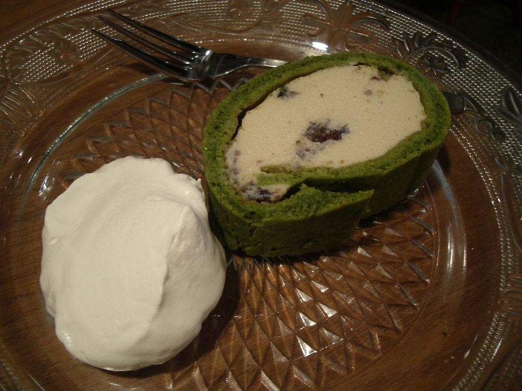 """Photo of Bio Cafe  by <a href=""""/members/profile/Ricardo"""">Ricardo</a> <br/>Macrobiotic Matcha Roll Cake <br/> December 30, 2013  - <a href='/contact/abuse/image/40751/61270'>Report</a>"""