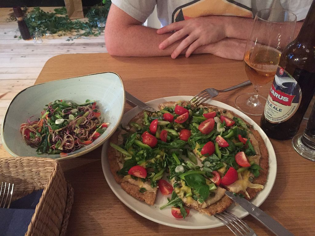 "Photo of Soul Kitchen  by <a href=""/members/profile/Dianebg"">Dianebg</a> <br/>Summer pizza and noodle salad  <br/> September 22, 2017  - <a href='/contact/abuse/image/40791/307176'>Report</a>"