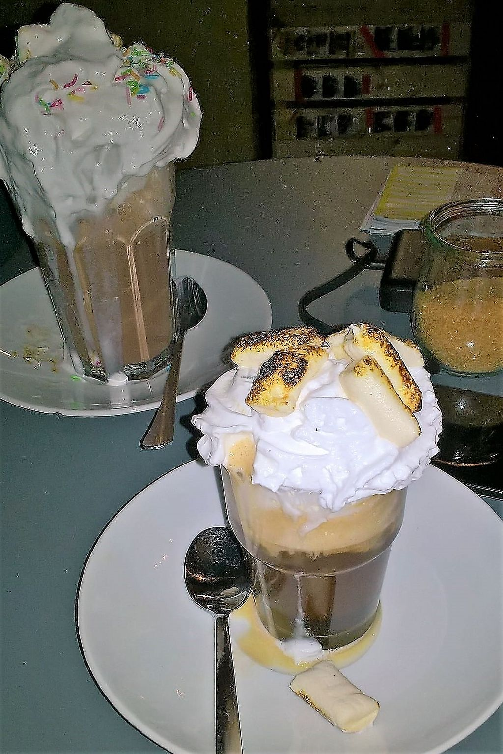 "Photo of Chaostheorie  by <a href=""/members/profile/Ofez"">Ofez</a> <br/>Chocolat chaud + irish coffee <br/> February 25, 2018  - <a href='/contact/abuse/image/40825/363555'>Report</a>"