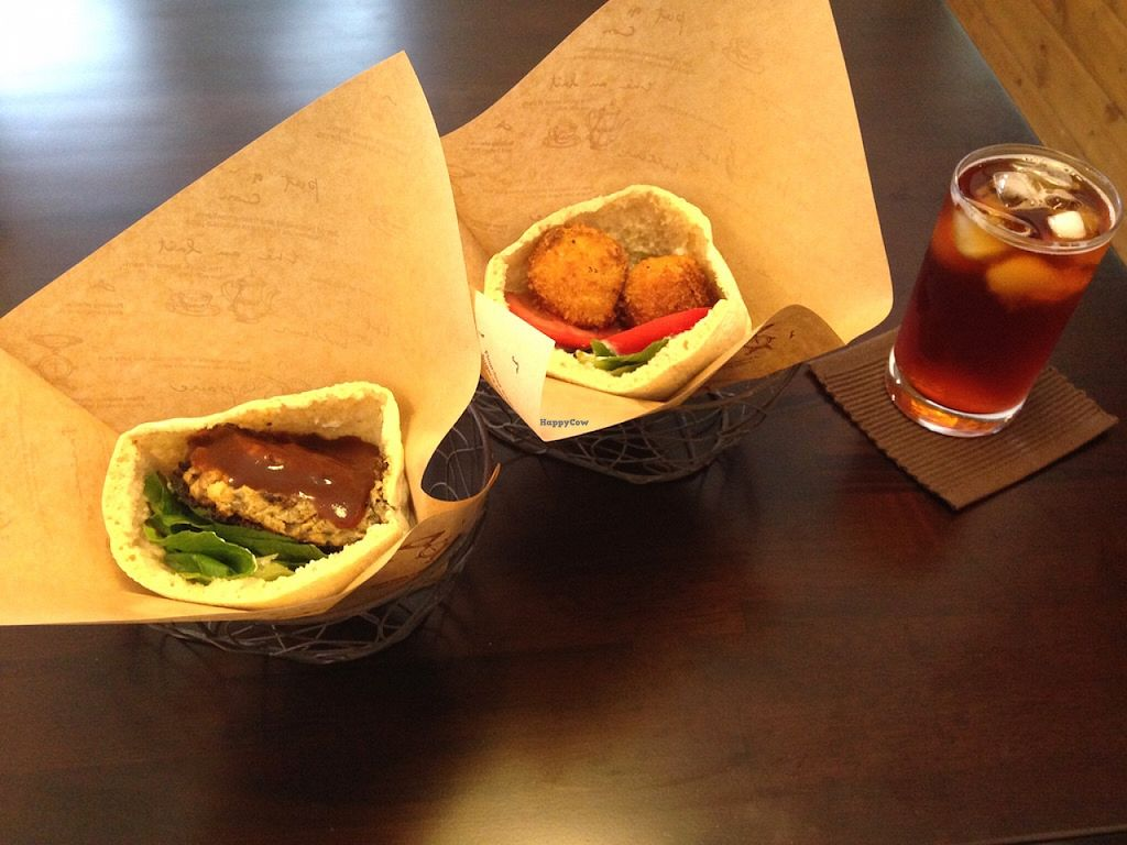 "Photo of Veggie Cafe  by <a href=""/members/profile/jeedeecee"">jeedeecee</a> <br/>The burger and falafel.  <br/> August 29, 2015  - <a href='/contact/abuse/image/40954/115604'>Report</a>"