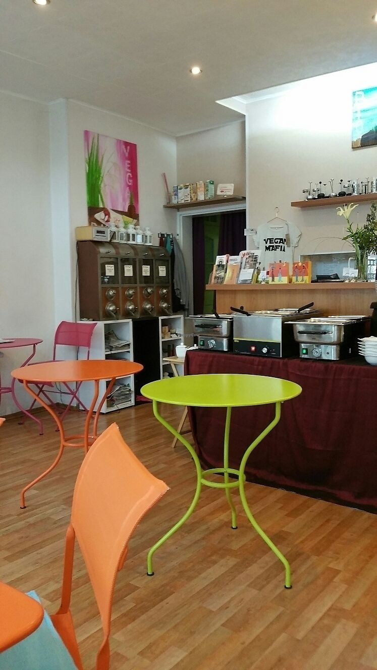 """Photo of Cafe Gleichklang  by <a href=""""/members/profile/Mallorcatalks"""">Mallorcatalks</a> <br/>Schöne Atmosphäre  <br/> June 28, 2017  - <a href='/contact/abuse/image/40973/274346'>Report</a>"""