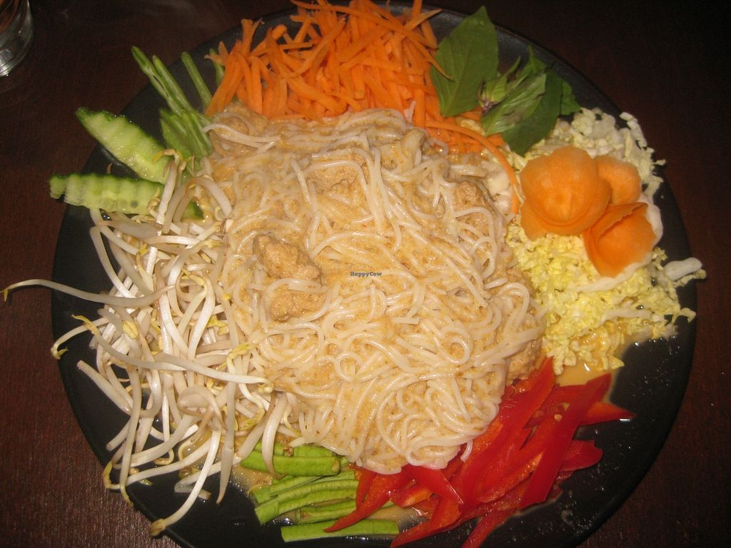 """Photo of Thai Box Food  by <a href=""""/members/profile/jennyc32"""">jennyc32</a> <br/>Phi Phi Island noodles (vegan) <br/> April 30, 2016  - <a href='/contact/abuse/image/40986/146791'>Report</a>"""