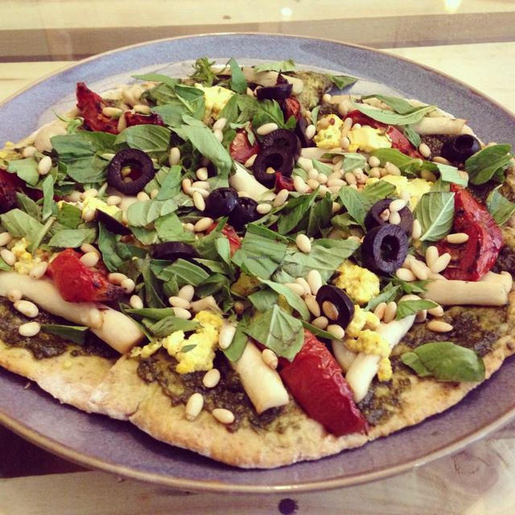 "Photo of Zenith Yoga Cafe  by <a href=""/members/profile/MelissaDeniz"">MelissaDeniz</a> <br/>pesto pizza  <br/> September 20, 2014  - <a href='/contact/abuse/image/41001/80475'>Report</a>"