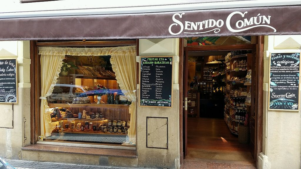 """Photo of Sentido Comun  by <a href=""""/members/profile/dbader13"""">dbader13</a> <br/>store front <br/> April 24, 2018  - <a href='/contact/abuse/image/41056/390458'>Report</a>"""