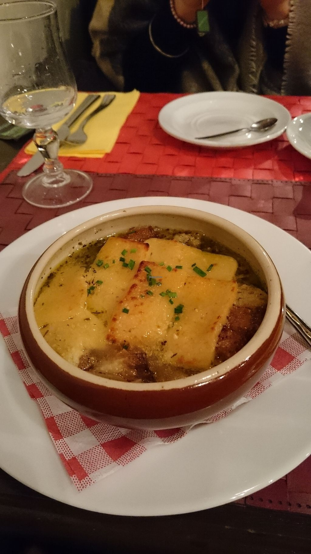 """Photo of Le Potager du Marais  by <a href=""""/members/profile/Layra"""">Layra</a> <br/>French onion soup <br/> March 1, 2018  - <a href='/contact/abuse/image/4106/365504'>Report</a>"""