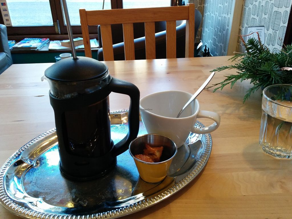 """Photo of Kava  by <a href=""""/members/profile/CLRtraveller"""">CLRtraveller</a> <br/>coffee service <br/> December 15, 2017  - <a href='/contact/abuse/image/41090/335830'>Report</a>"""
