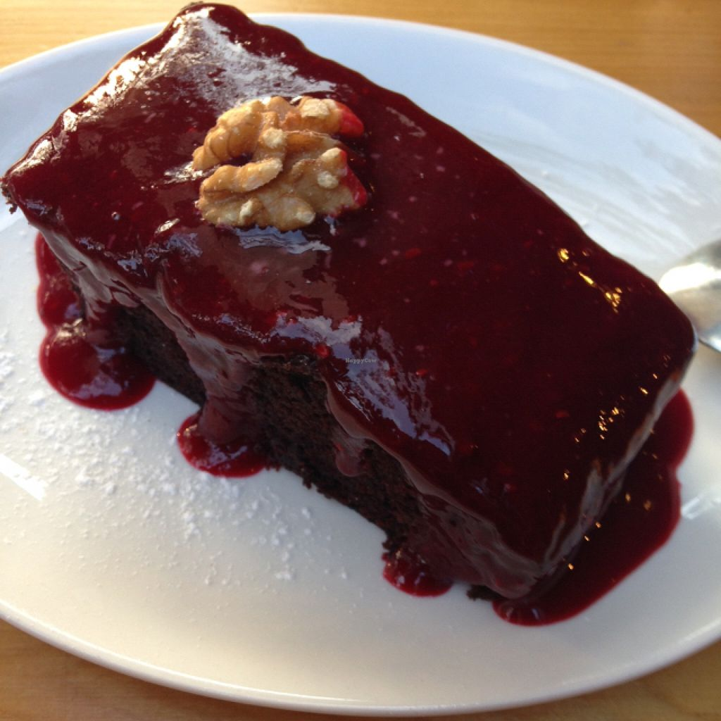 """Photo of Lola Rosa - Milton  by <a href=""""/members/profile/nardanddee"""">nardanddee</a> <br/>chocolate cake with raspberry  <br/> August 31, 2015  - <a href='/contact/abuse/image/4117/115893'>Report</a>"""