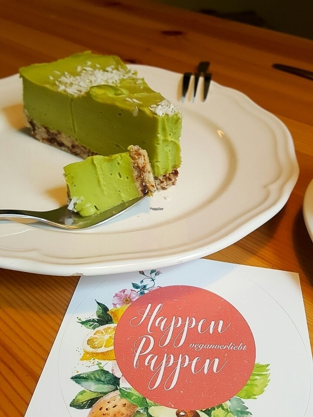 """Photo of HappenPappen  by <a href=""""/members/profile/veganverayo"""">veganverayo</a> <br/>All the cakes are amazing. I really love this rawvegan avocado lime cocos cake  <br/> April 14, 2017  - <a href='/contact/abuse/image/41221/247780'>Report</a>"""