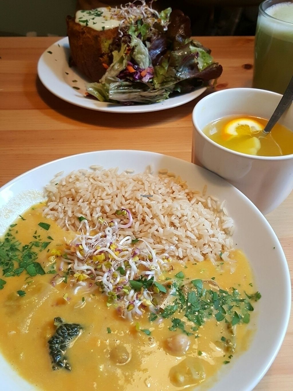"""Photo of HappenPappen  by <a href=""""/members/profile/veganverayo"""">veganverayo</a> <br/>The menue changes daily. So delicious! <br/> April 14, 2017  - <a href='/contact/abuse/image/41221/247781'>Report</a>"""