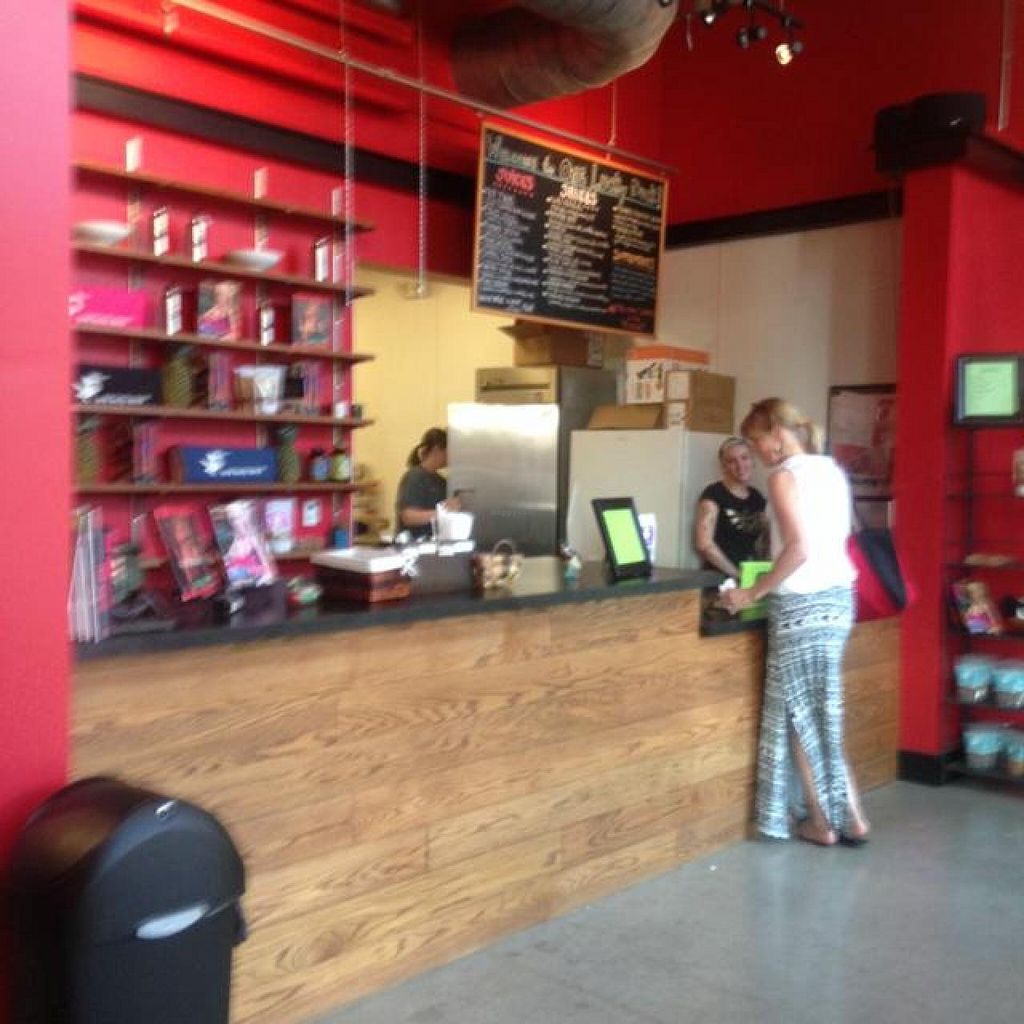 """Photo of CLOSED: One Lucky Duck  by <a href=""""/members/profile/Allaboutjuicing.com"""">Allaboutjuicing.com</a> <br/>inside of one lucky duck <br/> August 28, 2014  - <a href='/contact/abuse/image/41525/78469'>Report</a>"""