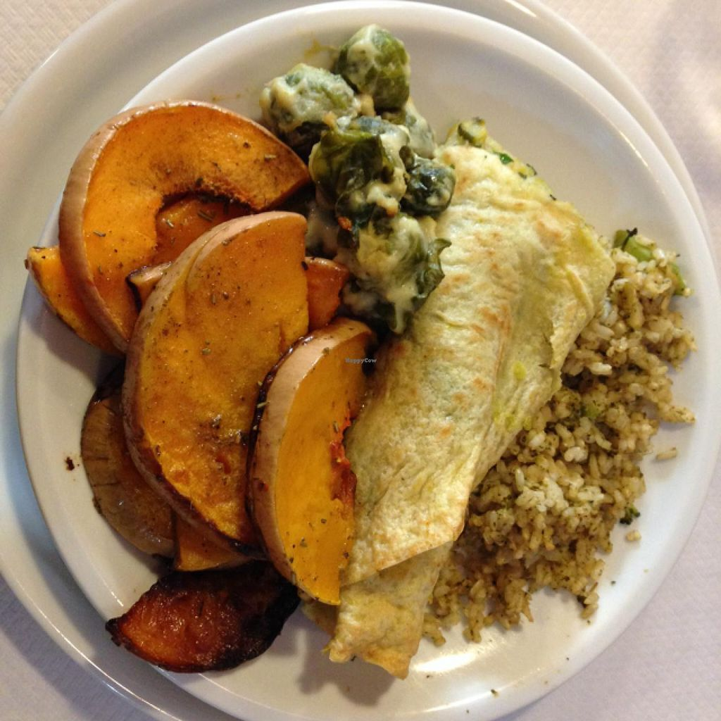 "Photo of La Pentola Vegana  by <a href=""/members/profile/devu"">devu</a> <br/>Lunch! <br/> February 14, 2014  - <a href='/contact/abuse/image/41530/64302'>Report</a>"