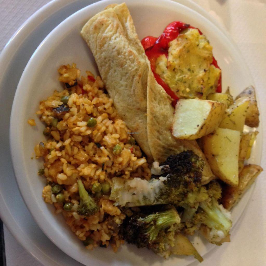 "Photo of La Pentola Vegana  by <a href=""/members/profile/devu"">devu</a> <br/>Lunch! <br/> March 7, 2014  - <a href='/contact/abuse/image/41530/65425'>Report</a>"